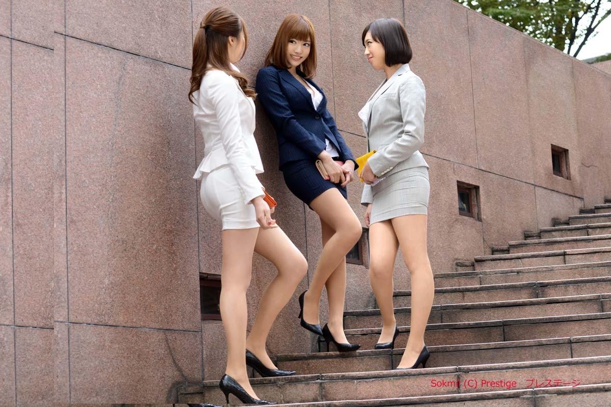 Девчонки в одежде