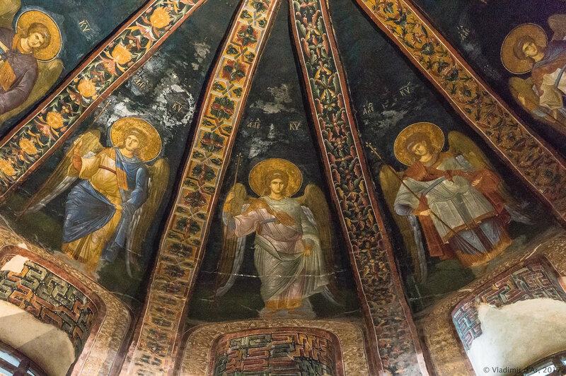 Двенадцать ангелов. Мозаики и фрески монастыря Хора. Церковь Христа Спасителя в Полях. Западный компартимент парэклессия.
