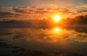 Тихо утро плыло по Оке.
