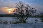 Солнечный столб, дерево, фонарь...