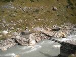 Остатки моста через р.Парвати