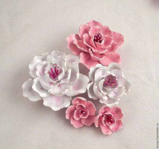 97f405dc0715ec79ab457999e2ru--sculptures-sakura-ceramic-flowers-for-the-interior.jpg