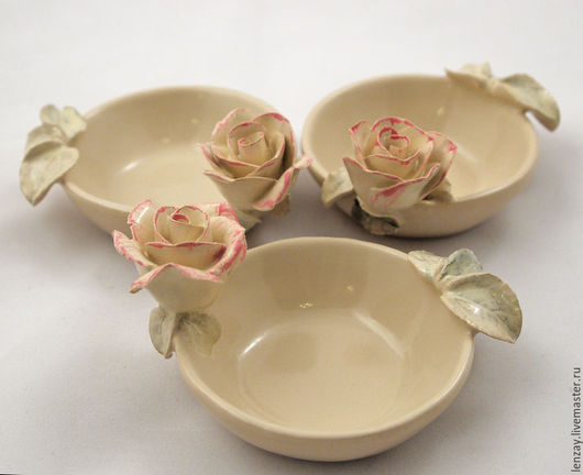 36977efcdd4b44274b923c59693j--pialas-coffee-with-milk-and-roses-sockets-for-jam.jpg