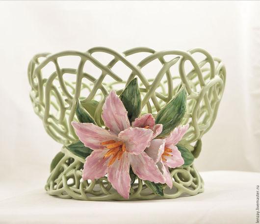 b14490c6473dcf0781b983f914ly--pialas-elephant-pink-lilies.jpg