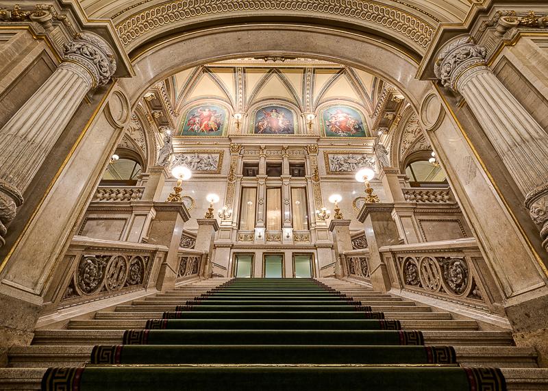 Экскурсия в оперном театре Вены
