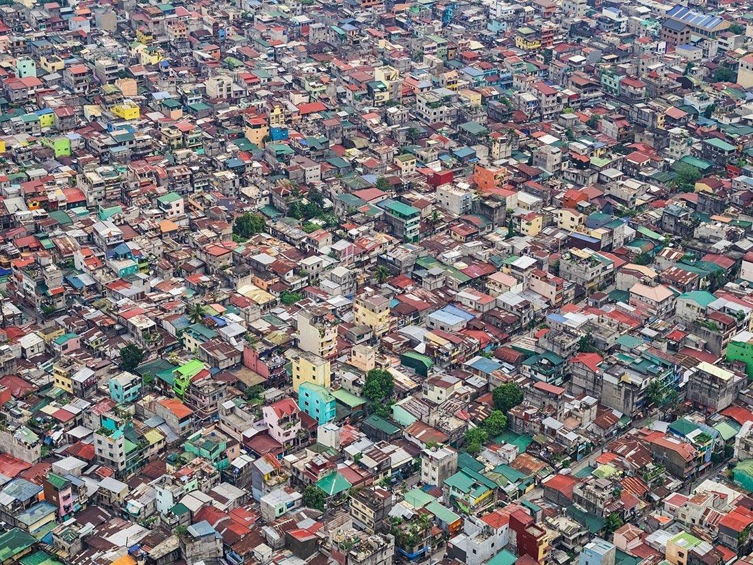 Разрешения кризиса перенаселения в городе не предвидится. Согласно Time, к 2025 году население Манил