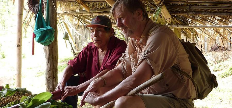 50. По пути вы сможете увидеть и даже пожить с индейцами из племени кабекар.