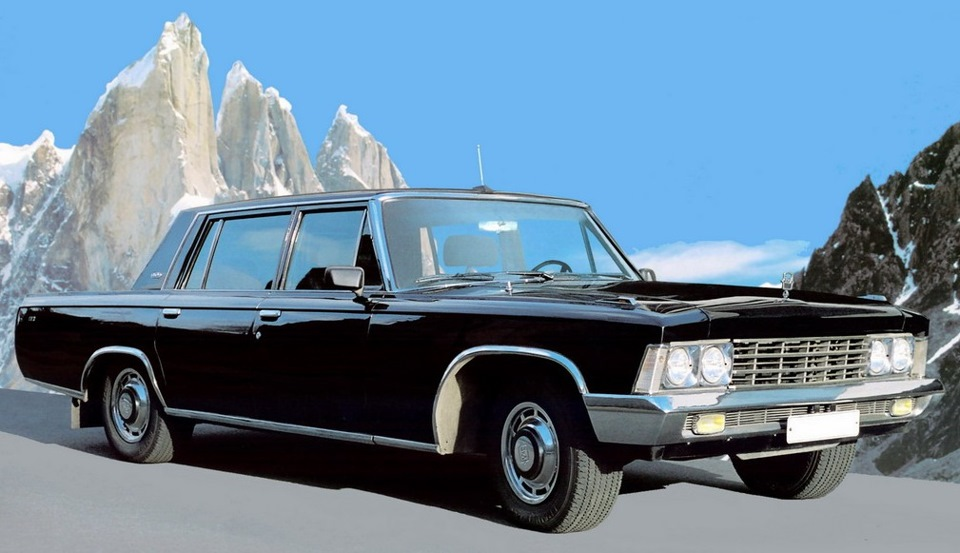 ЗИЛ-117— советский легковой автомобиль высшего класса с кузовом седан, был создан в 1971 году на баз