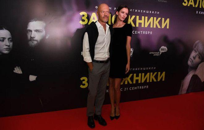 Первый выход Бондарчука и Паулины Андреевой после сообщений о расставании