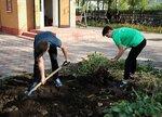 Экологический субботник по благоустройству территории Всехсвятского храма Озёрского благочиния
