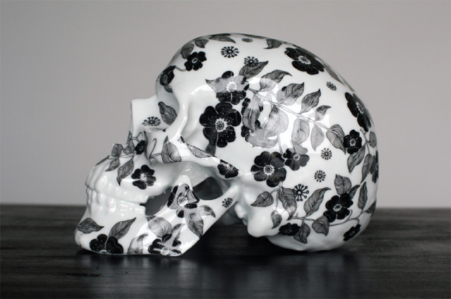 Floral Porcelain Skulls by NooN (4 pics)