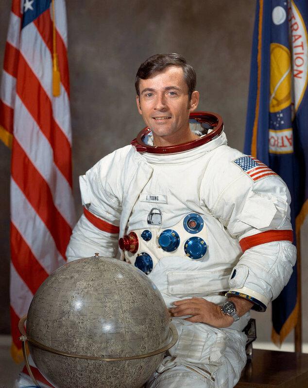 Умер американский астронавт побывавший на Луне.