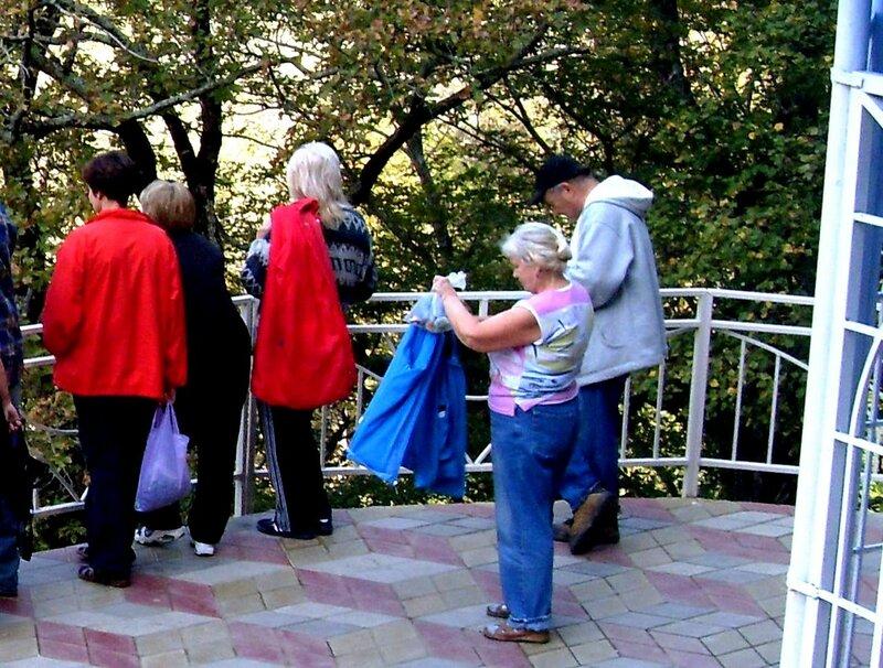 Нина Левада, октябрь 2009, Горячий Ключ и его окрестности, поездка на КСП (12).JPG