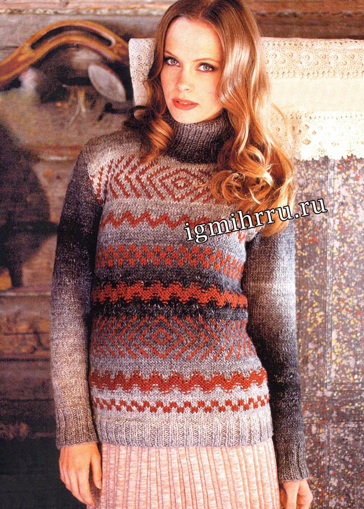 Теплый свитер с разнообразными орнаментами. Вязание спицами