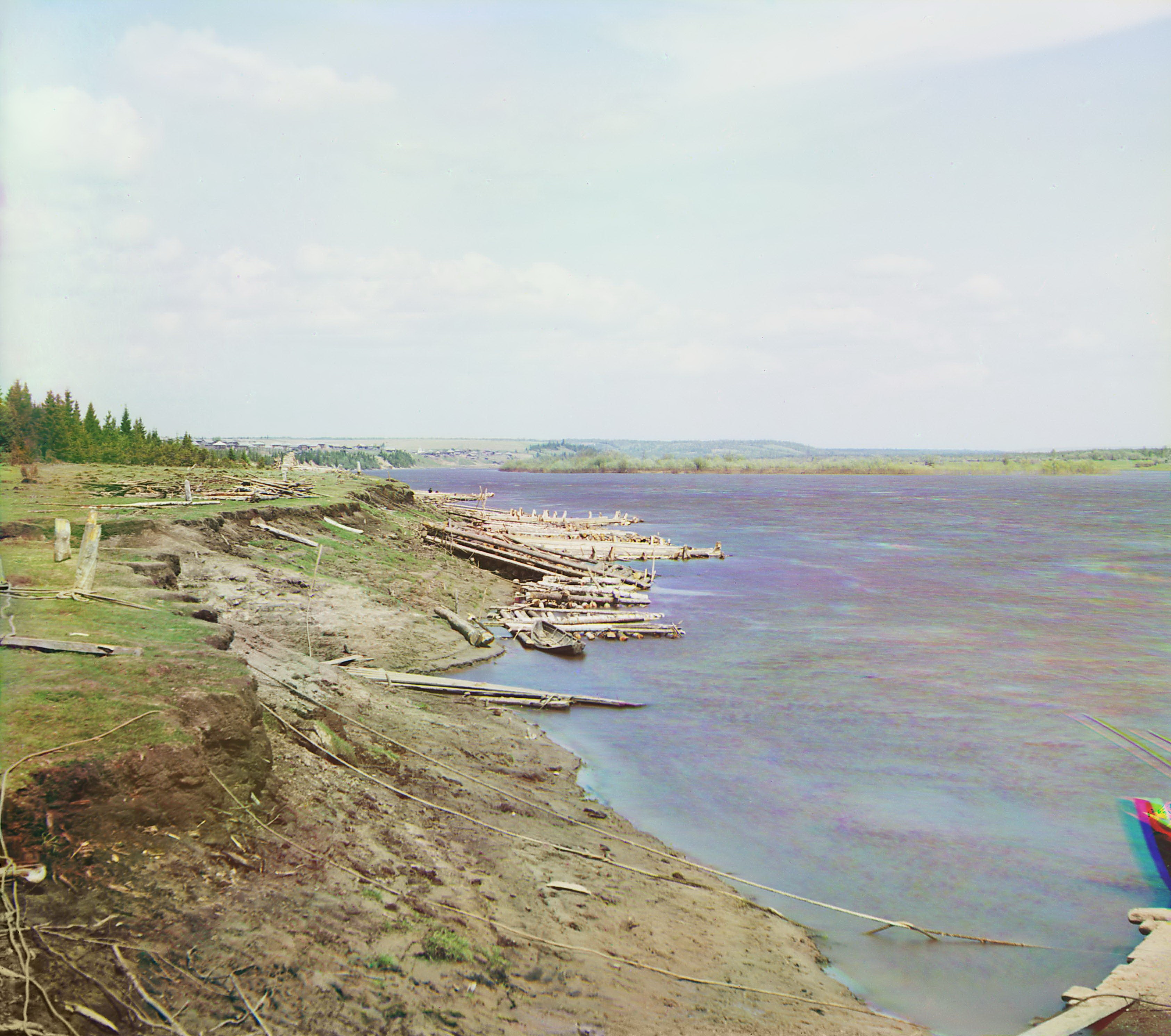 Окрестности села. Река Колва от земского перевоза по пути от Чердыни к селу Ныроб