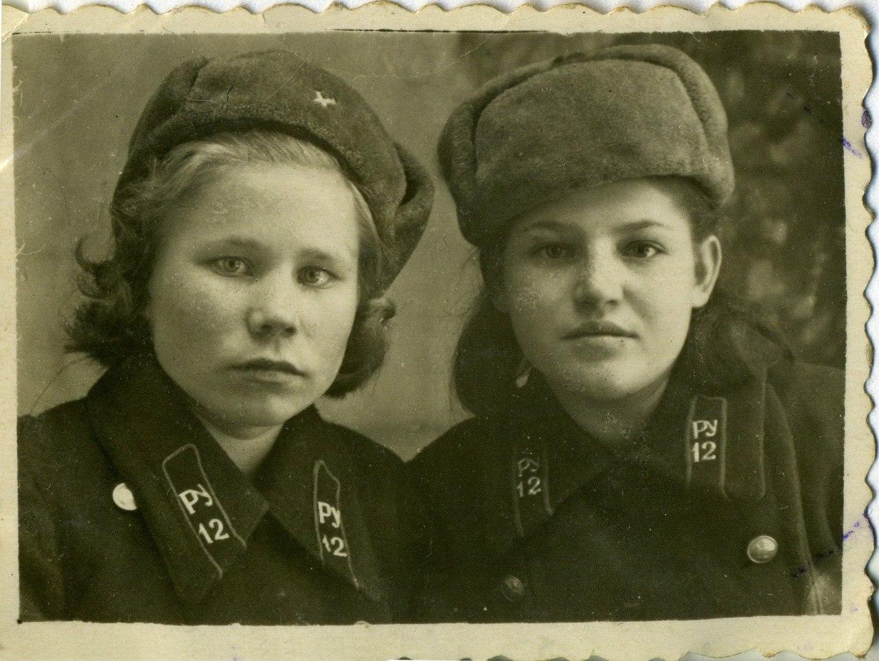 1951. Учащиеся ремесленного училища №12