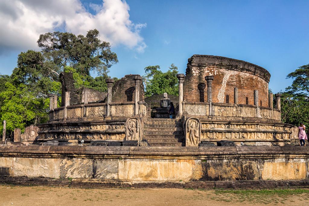 Шри-Ланка: Полоннарува - средневековая столица
