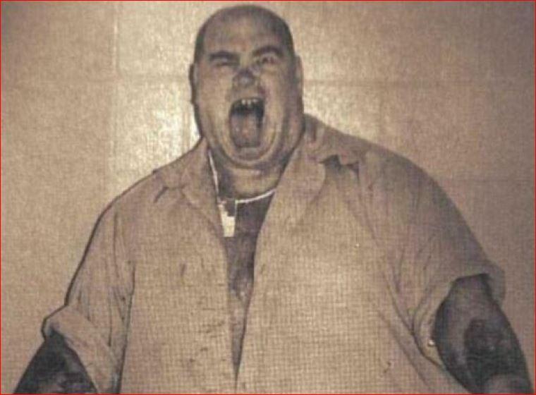 Метени отбывал два пожизненных срока без права на УДО, несмотря на просьбу приговорить его к смертно