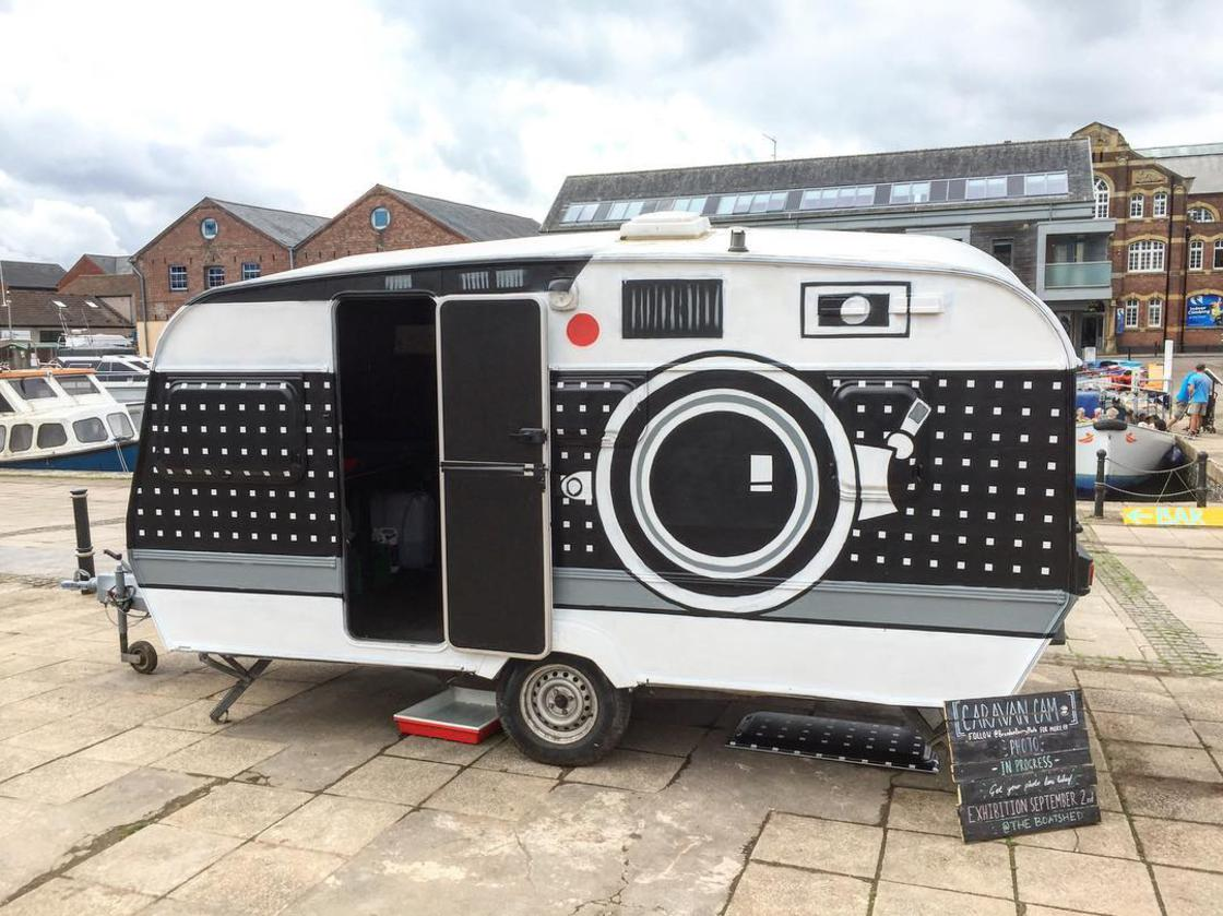 Photographer transforms an old caravan into a giant camera
