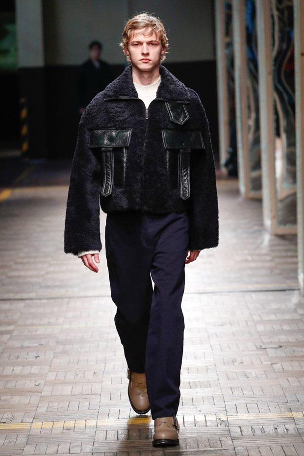 MFW: DIRK BIKKEMBERGS Fall Winter 2018.19 Collection
