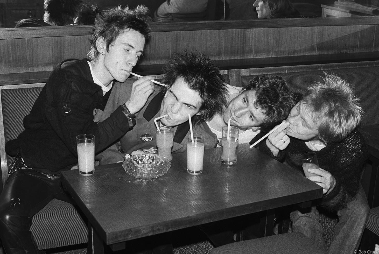 1977. «Sex Pistols», Люксембург