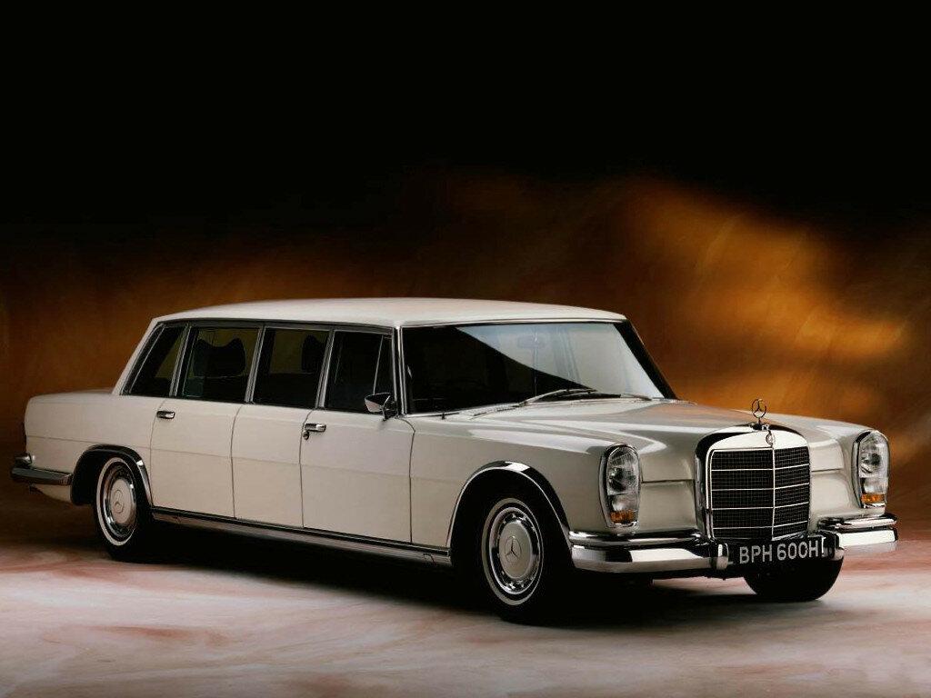 Mercedes-Benz 600 4-door Pullman Limousine (W100) '1964–81.jpg