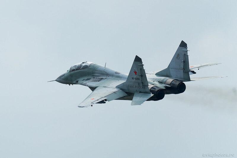 Микоян-Гуревич МиГ-29УБ (RF-92265 / 34 красный) ВКС России 0179_D805897