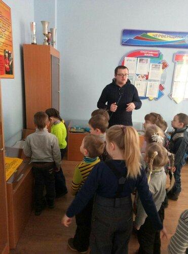 Детсадовцы в гостях в нашей школе