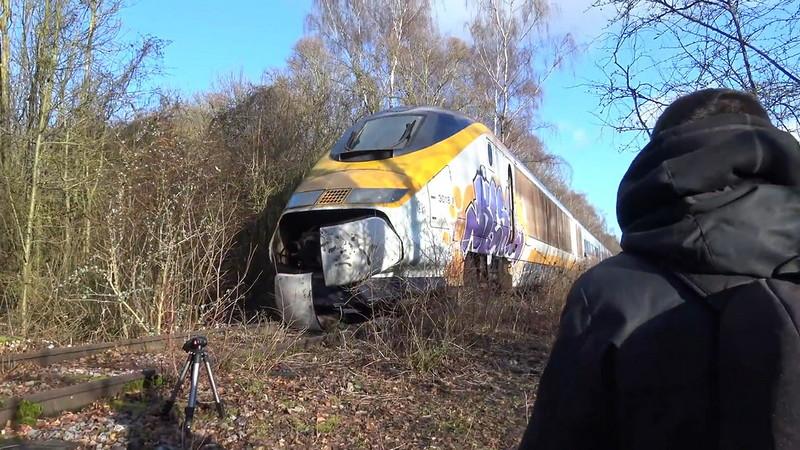0 180c3e 9caee087 orig - Заброшенный поезд