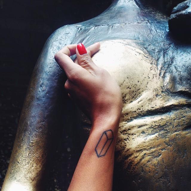 1. В начале 2014 года власти Вероны сообщили, что бронзовая статуя шекспировской героини, установлен
