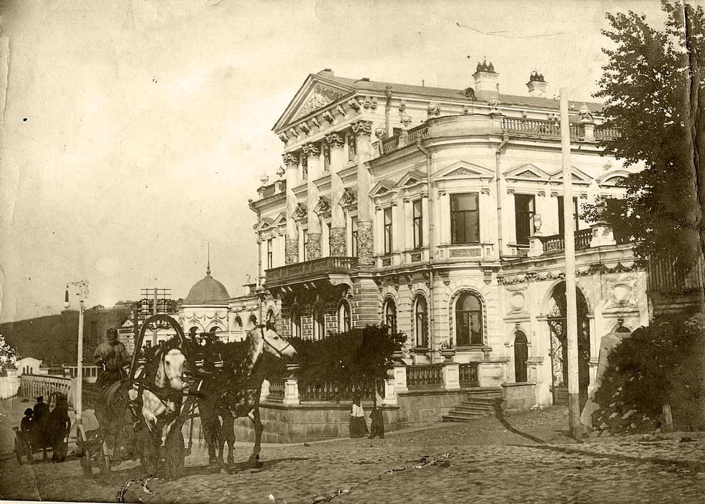 Монастырская улица, дом пароходчика Н.В.Мешкова