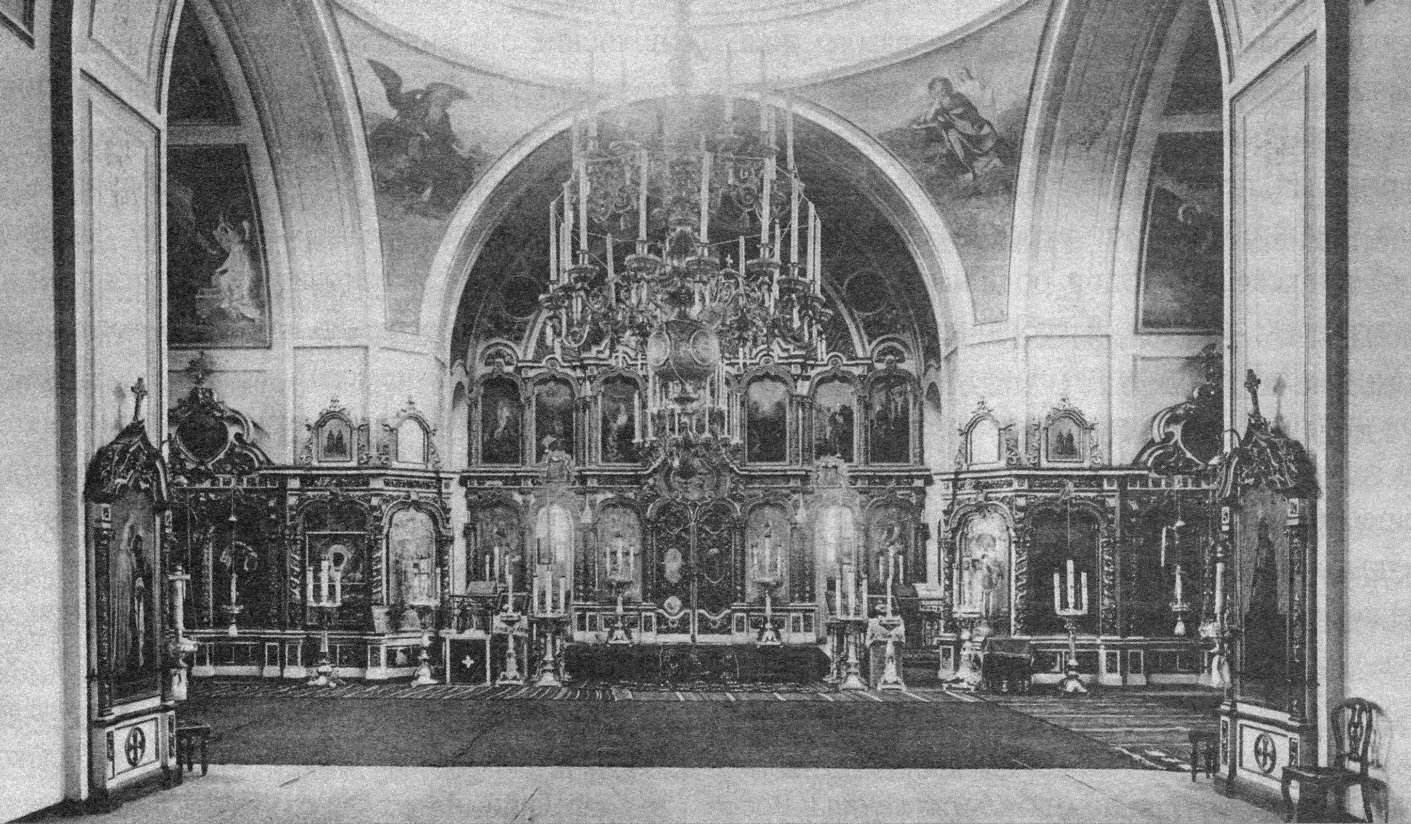 Внутренний вид Воскресенской церкви