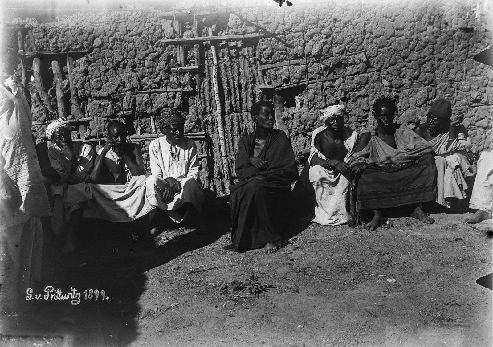15. 1899. Портрет группы мужчин в Кивере
