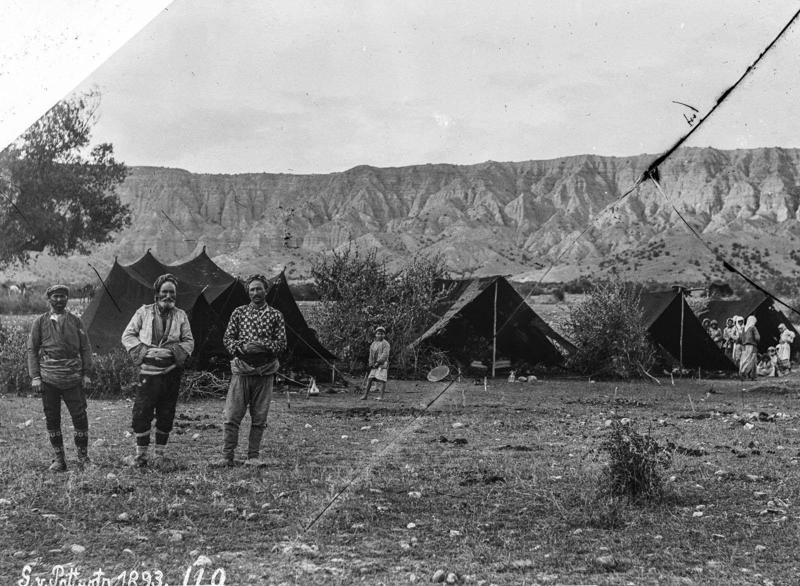 30. 1893. Лагерь в Рукве