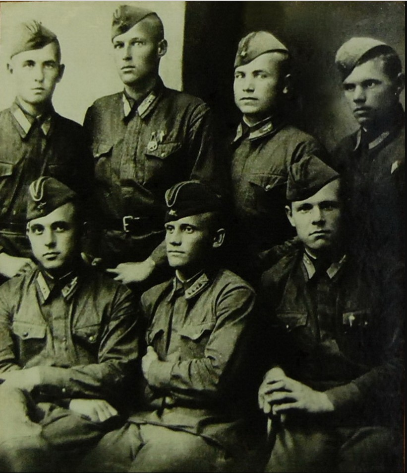 1935. Группа отличников 3-ей эскадрильи майора Батыгина