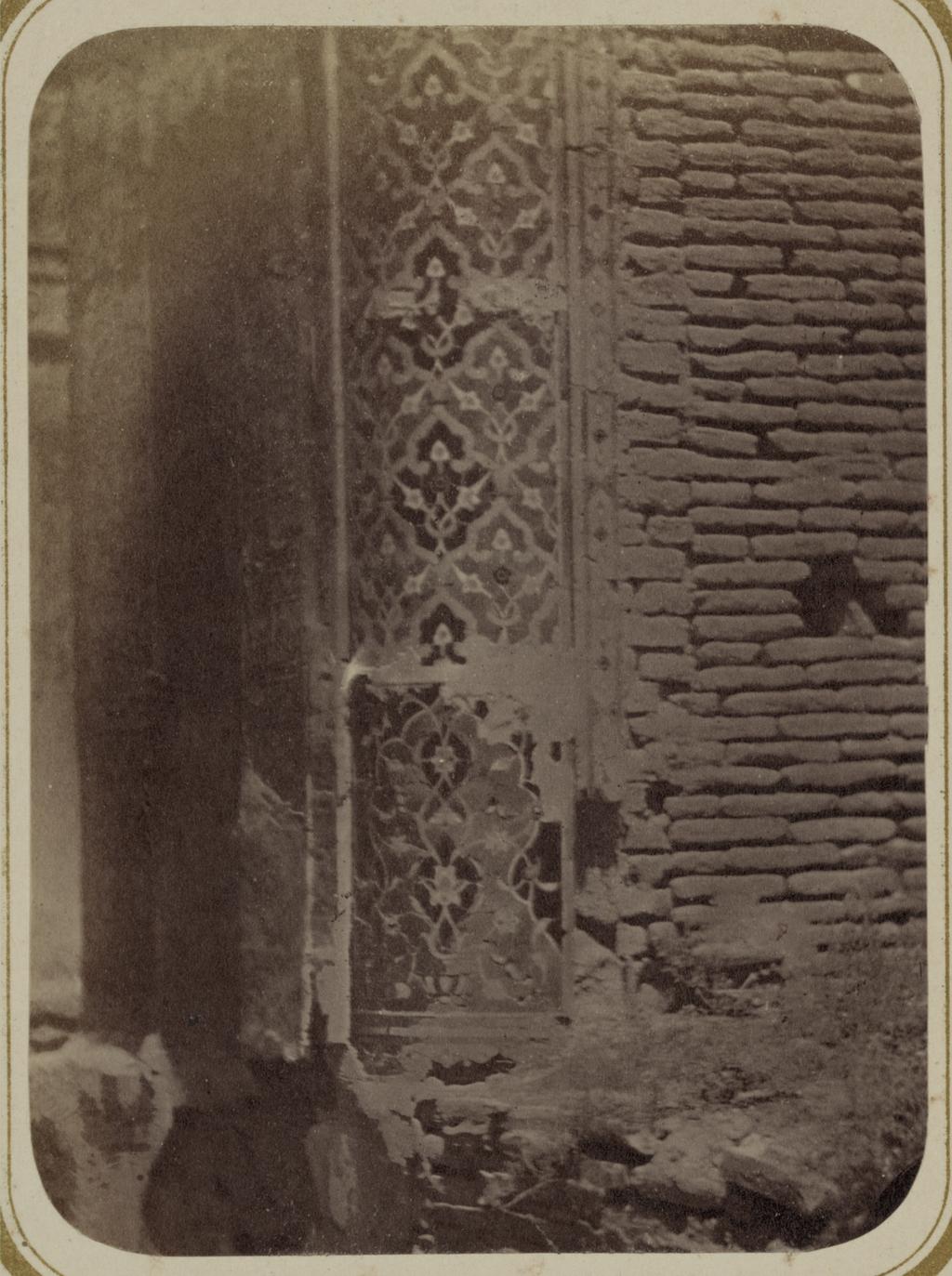 Мавзолей эмира Тимура Курагана (Гур-Эмир). Часть угловой колонны фасада