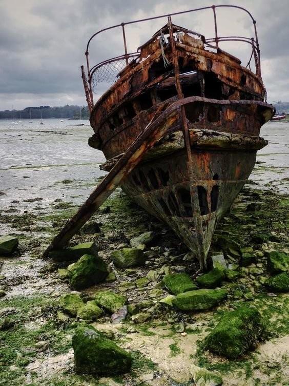 0 182c13 67d0c33b orig - На мели: фото брошенных кораблей