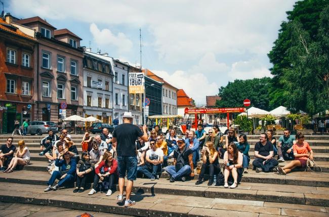 © depositphotos     Бесплатная пешеходная экскурсия вКракове, Польша.   Перед поезд