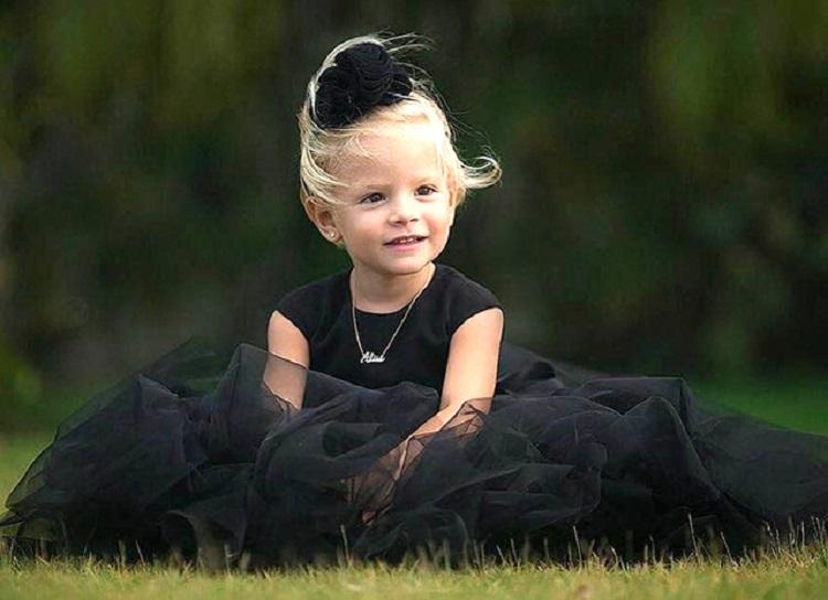 Фото со дня рождения дочери Тимати и Шишковой бьют все рекорды популярности (4 фото)