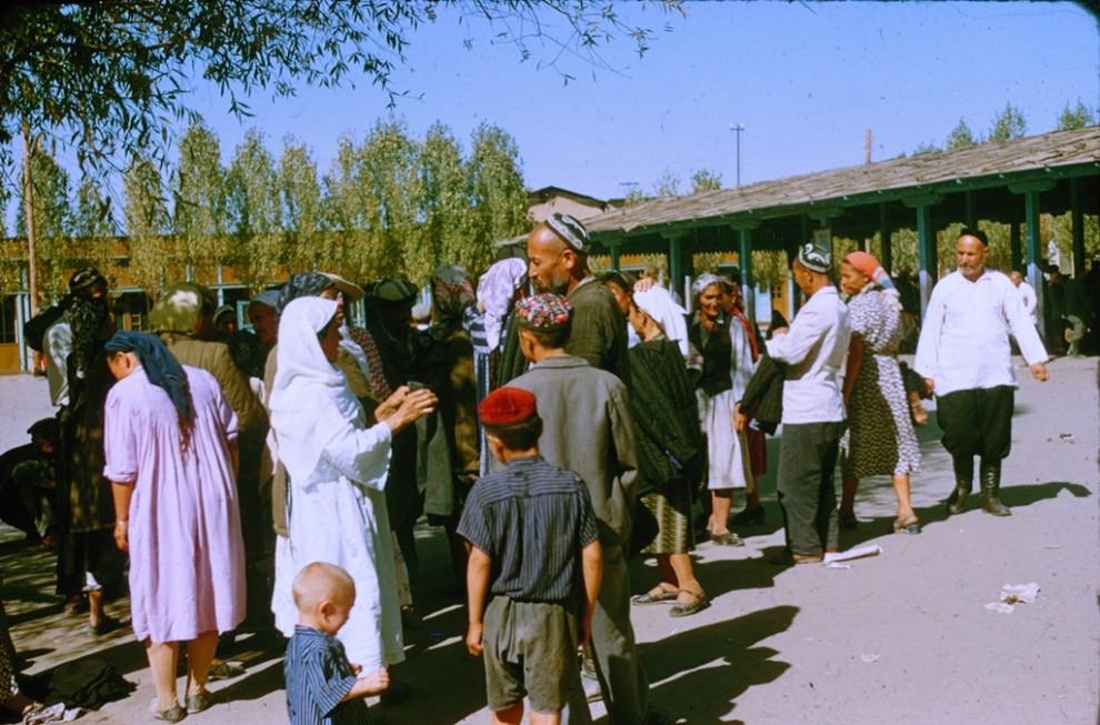 Французский турист в Узбекистане 1956 года