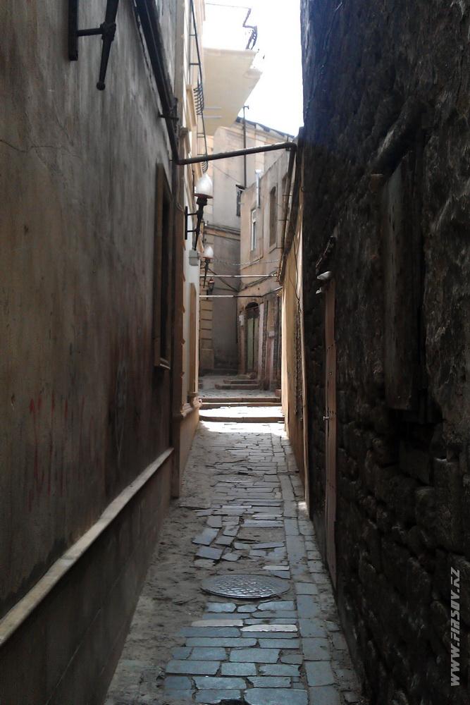 Baku_Old_Town 9.JPG