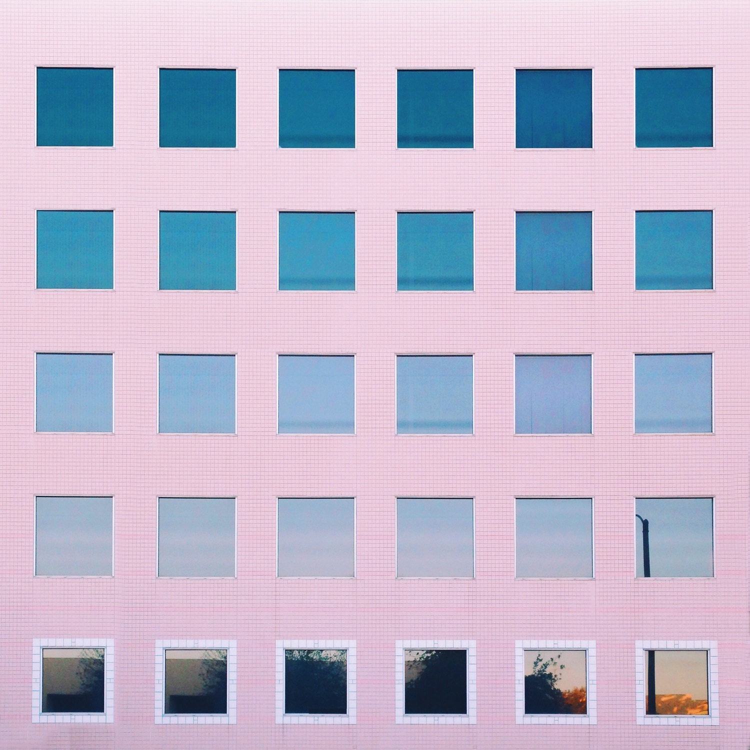 Geometric & Pinkish Los Angeles