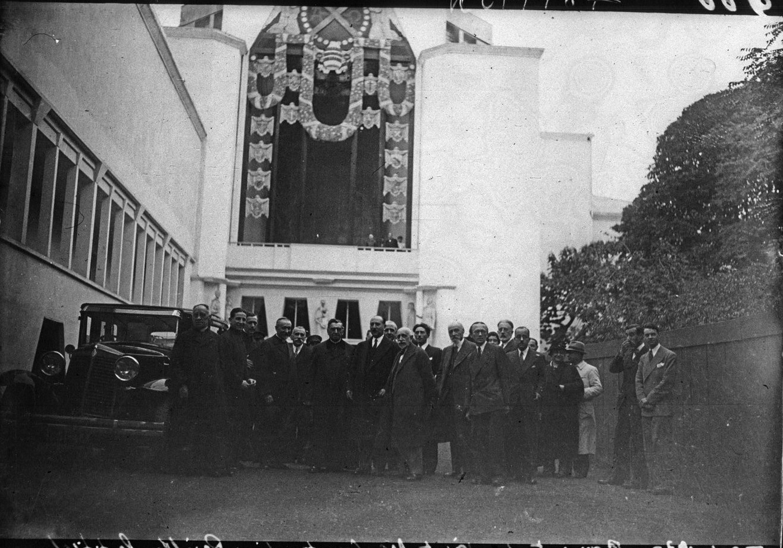 Павильон Ватикана, Посещение павильона епископом Константини (5 октября 1937)