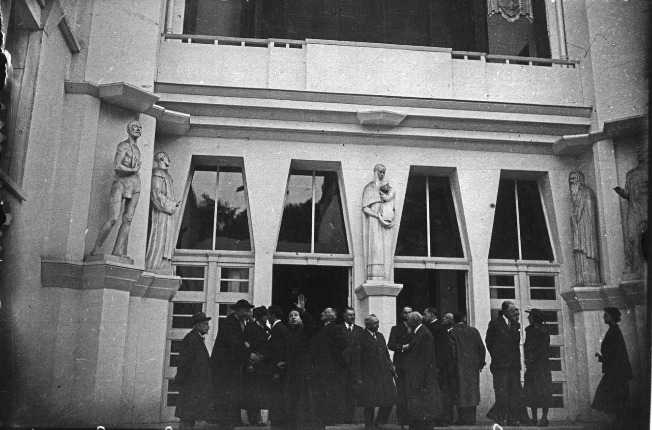 Павильон Ватикана, Посещение павильона епископом Константини (5 октября 1937) G
