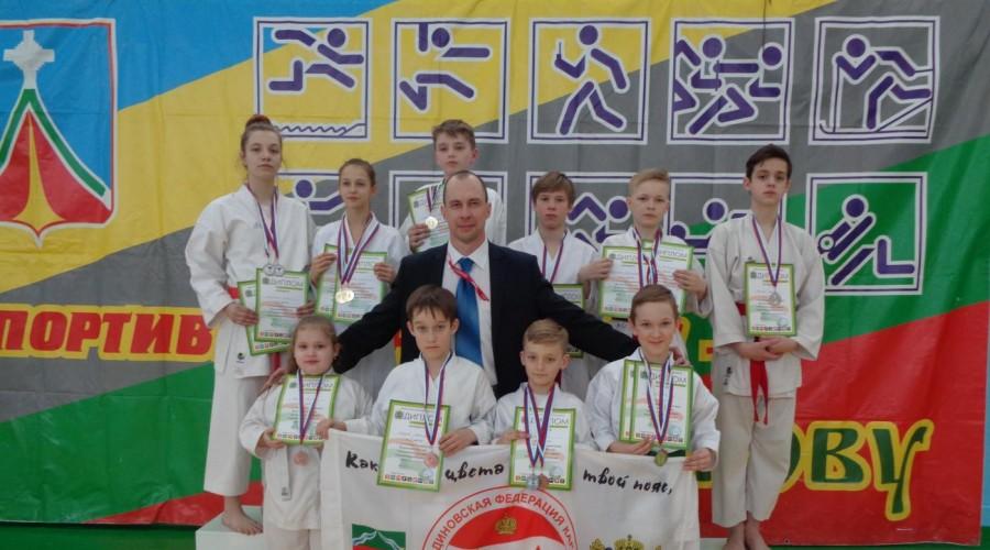 В Людинове прошел чемпионат области по карате