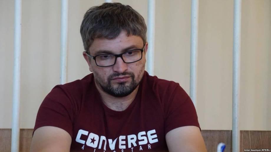 Суд в анексованому Крыма оставил под стражей активиста Мемедемінова