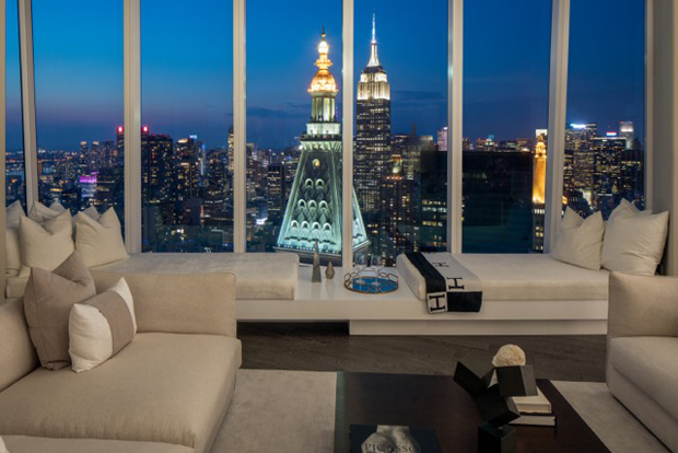 Discover the stunning Manhattan Residence  in Madison Square Park Tower,  the tallest resi