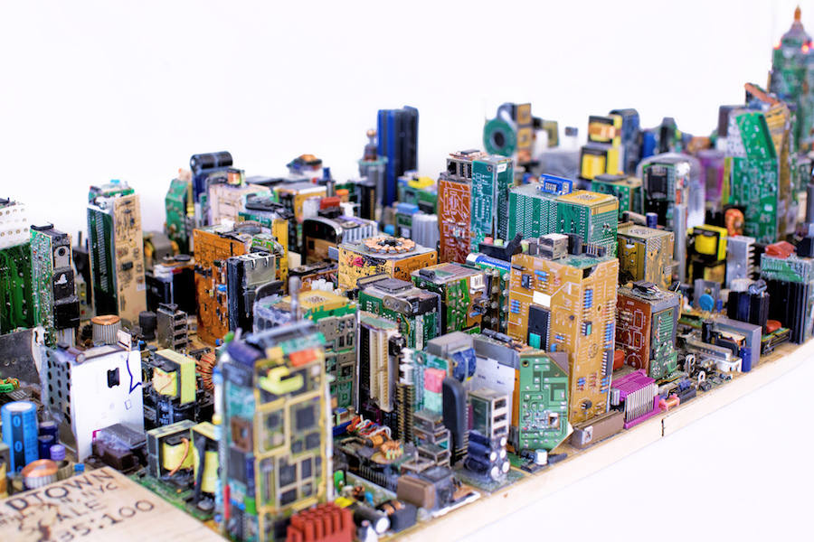 Breathtaking Electronic Reduced Model Of Manhattan