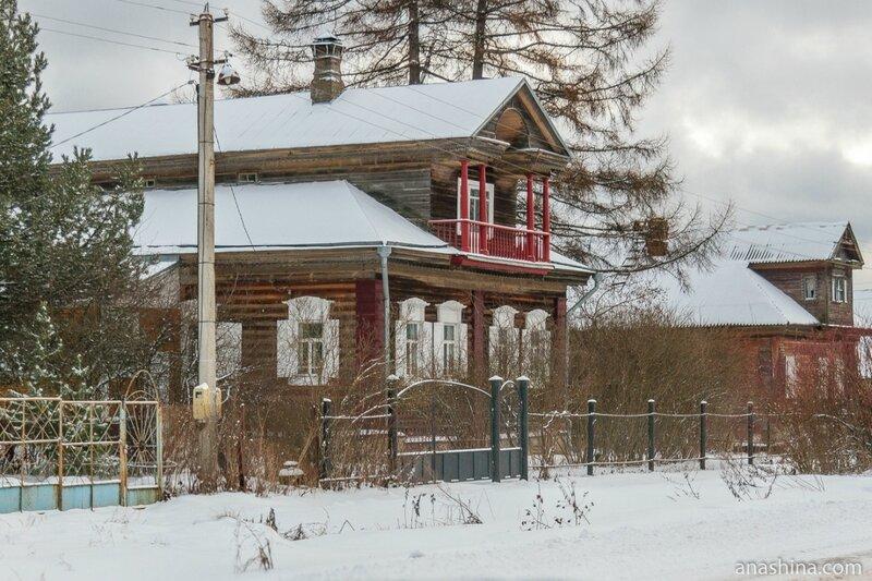 Дом с нарядной отделкой, Ярославская область