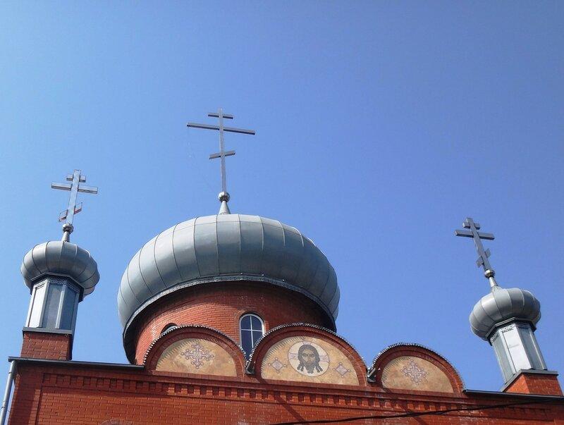 У храма, под небом ... DSC00591 - 06.JPG